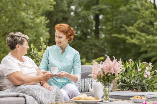 What You Need to Know When Looking for a Good Home Care